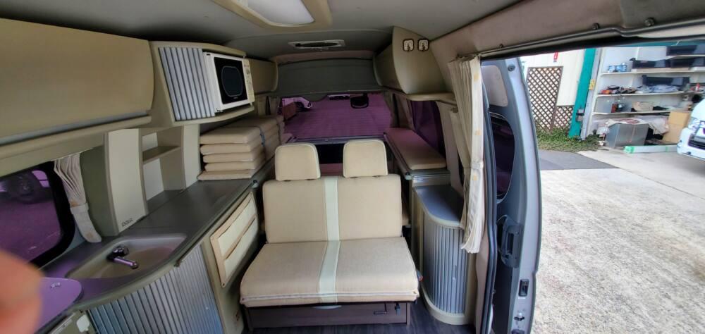 3型ハイエース中古車キャンピングカー内装